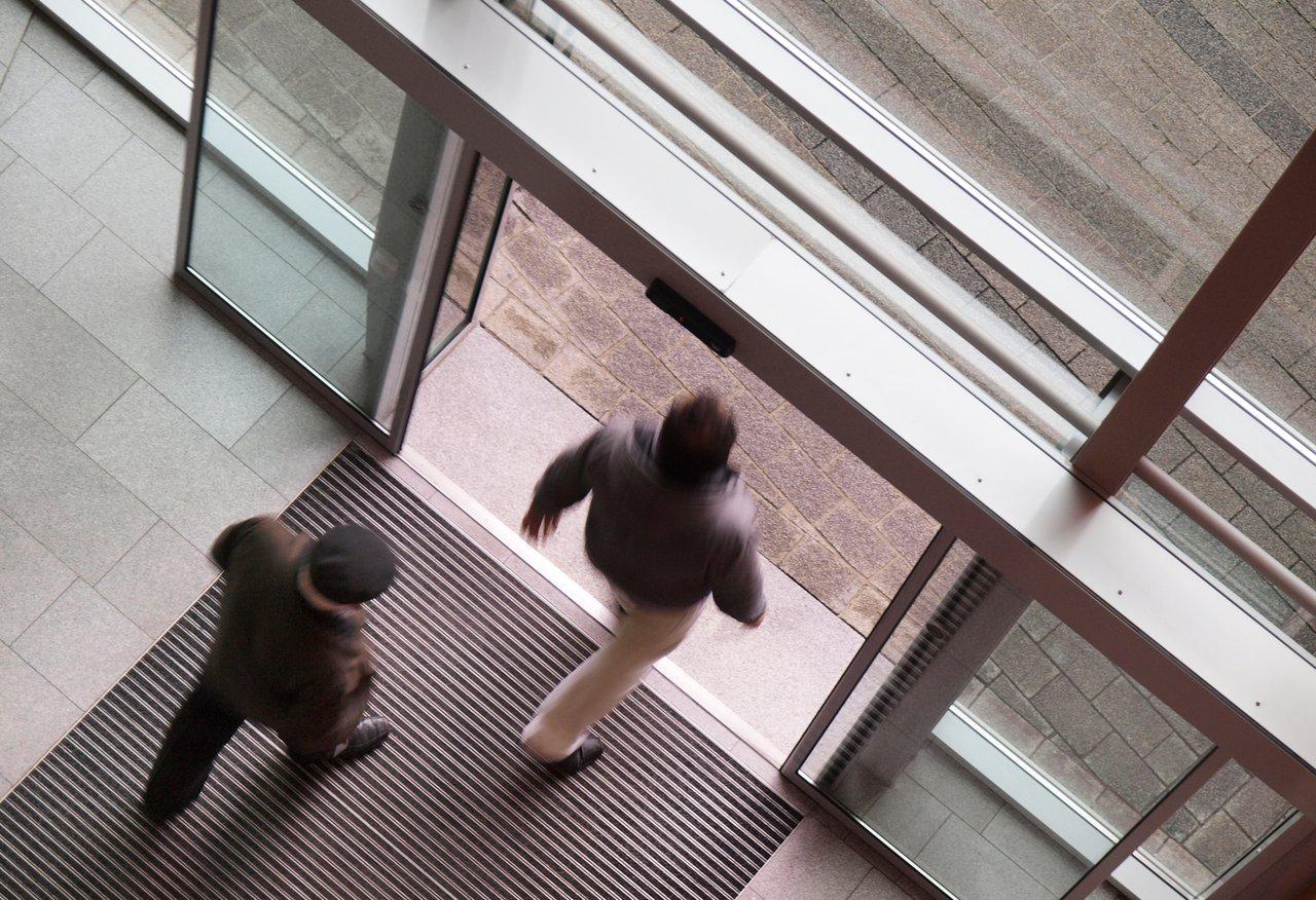 Fußboden Im Eingangsbereich ~ Bauer fliesen und natursteine zuzenhausen eingangsbereich diele